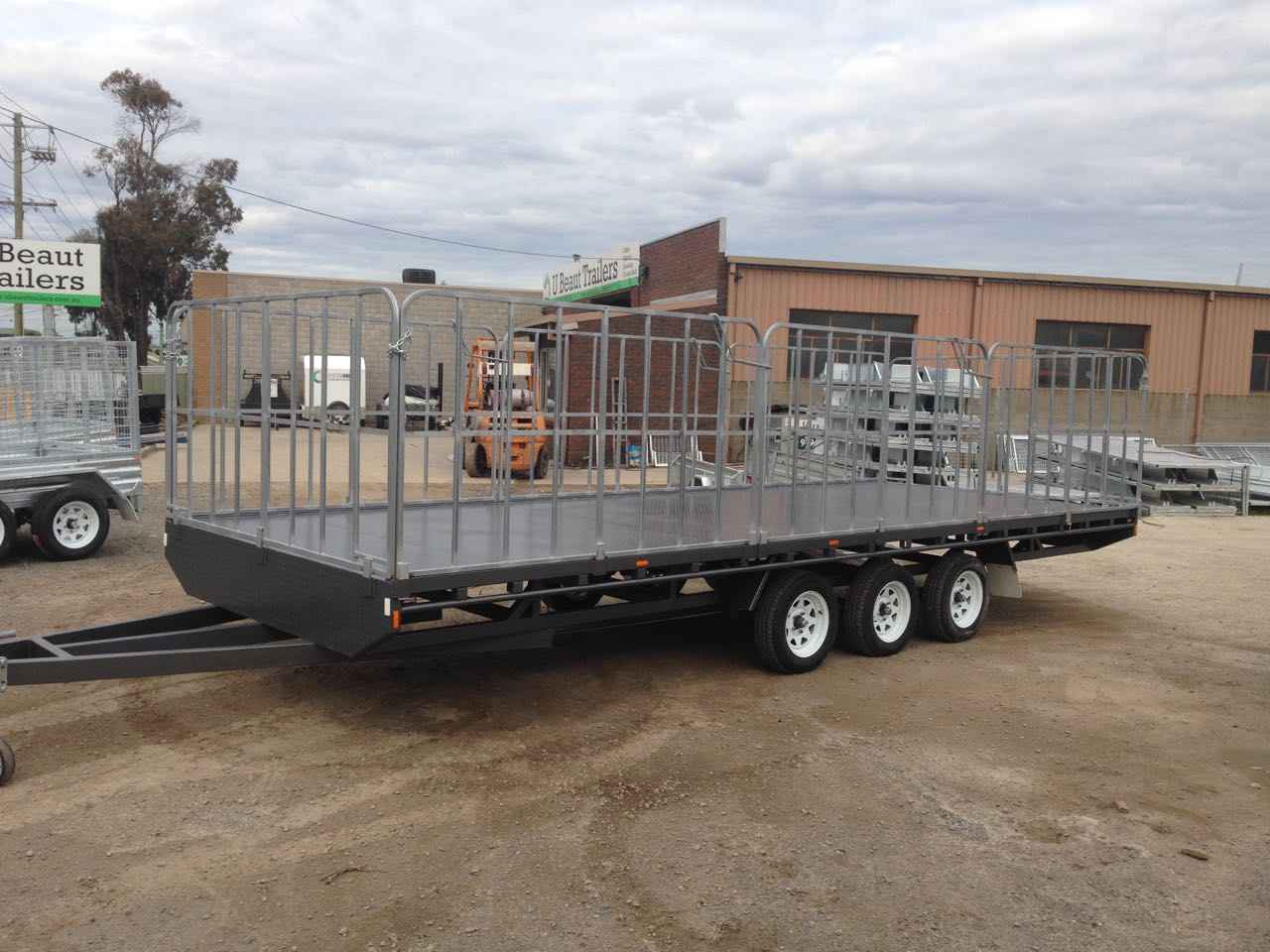 Truck gates Flat top