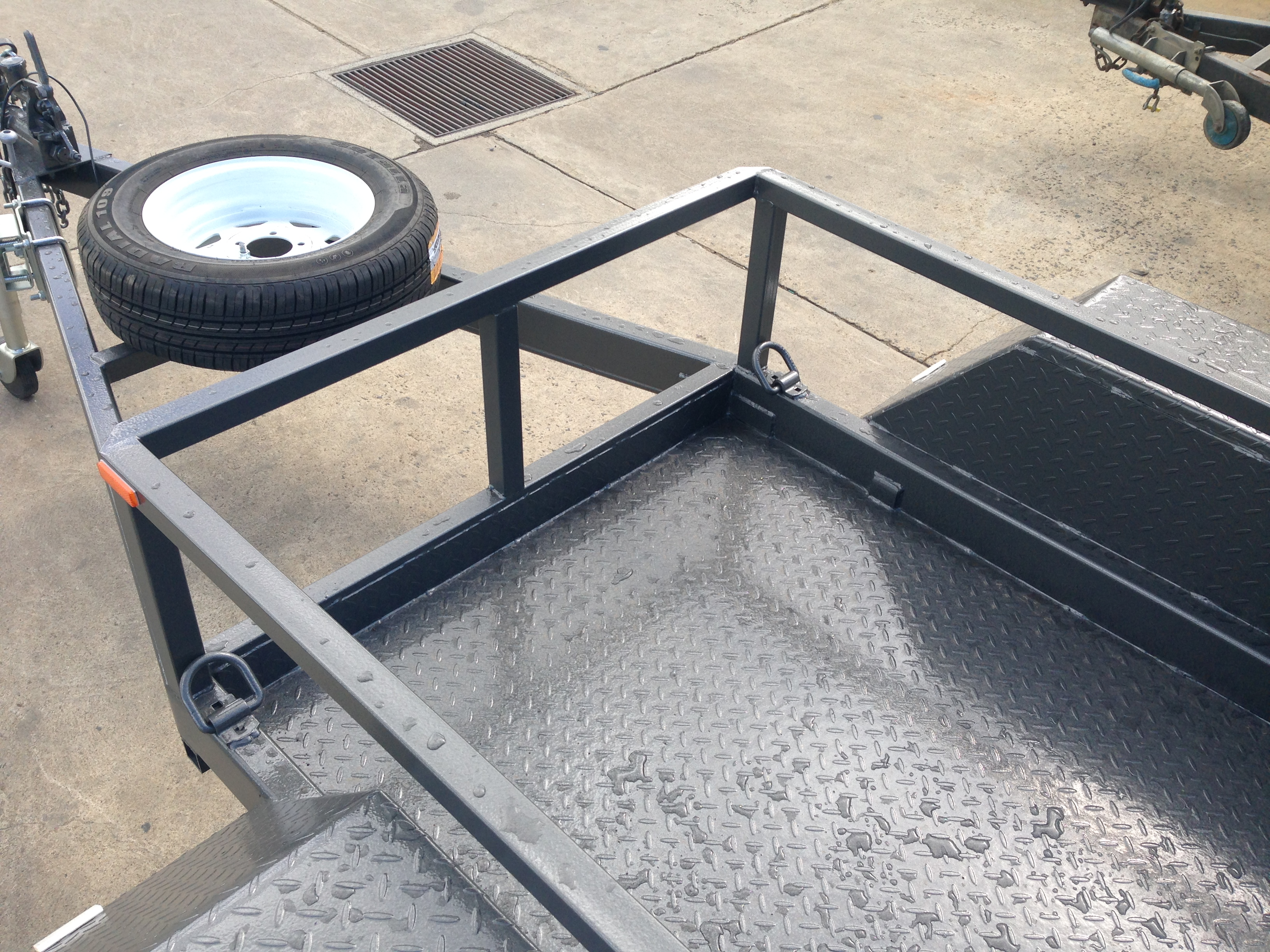 Scissor lift trailer Plant trailer