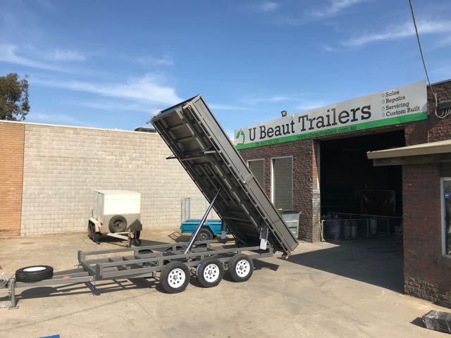 14x8 Flat Top Hydraulic Tipper Tri-axle with fold down sides, 4500kg ATM
